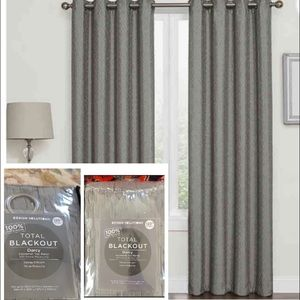 """NWT x2 Design Solutions Blackout 120"""" DARCY Panels"""